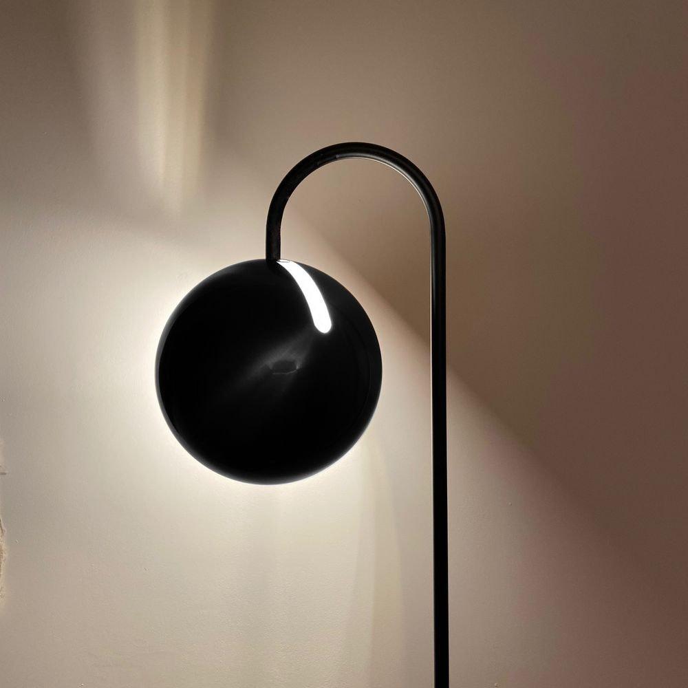 s.LUCE Ball Stehleuchte schwarzer Marmor 170cm 1