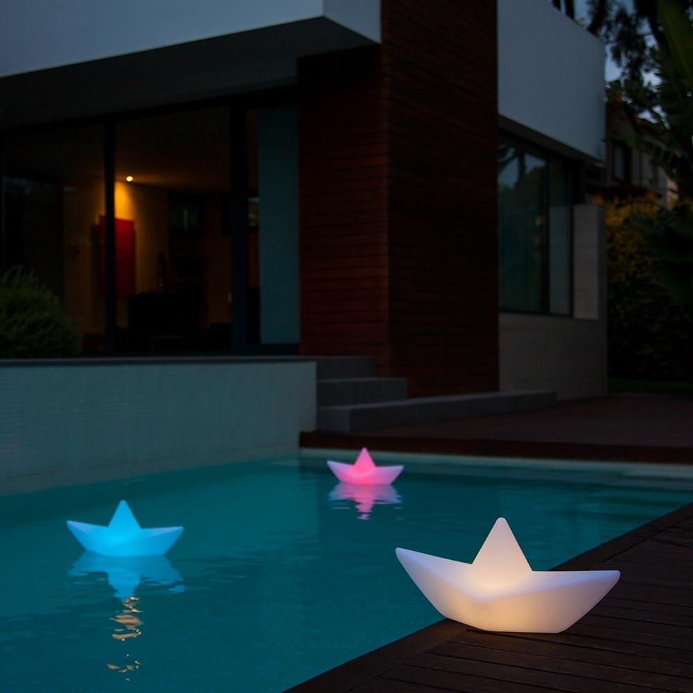 Schwimmfähige Akku-LED-Dekolampe The Boat 2