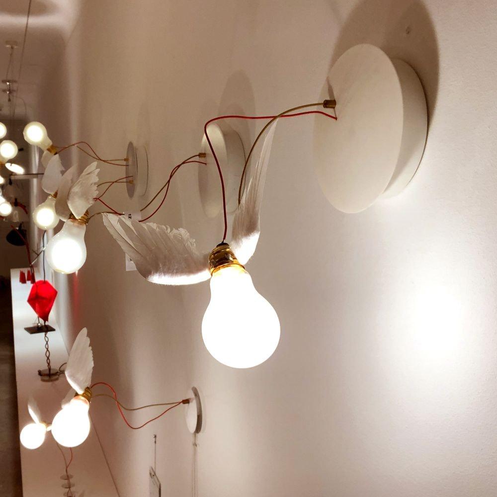 Ingo Maurer LED Wandleuchte Lucellino mit Federn
