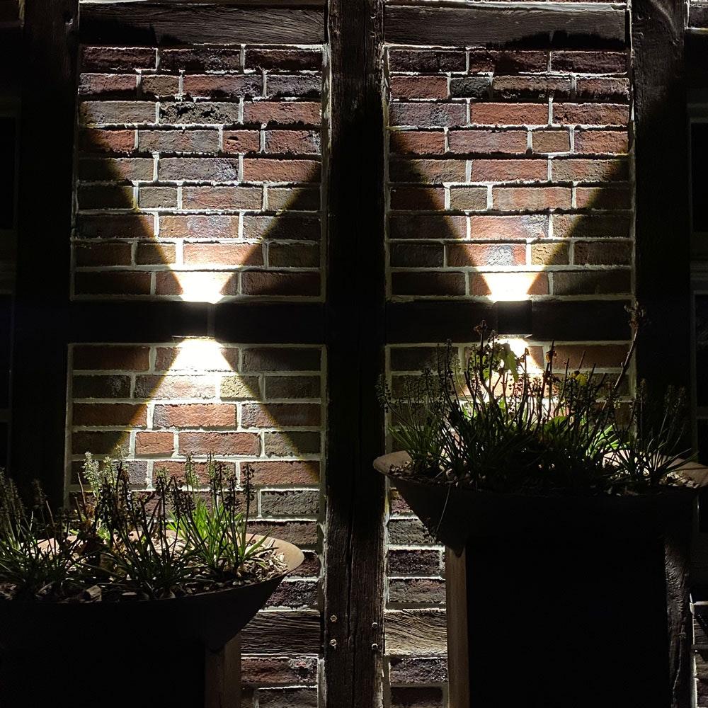 s.LUCE pro Ixa LED Innen- & Außen-Wandleuchte IP44 20