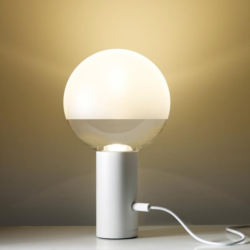 Oligo dimmbare LED Tischleuchte Kuula Weiß