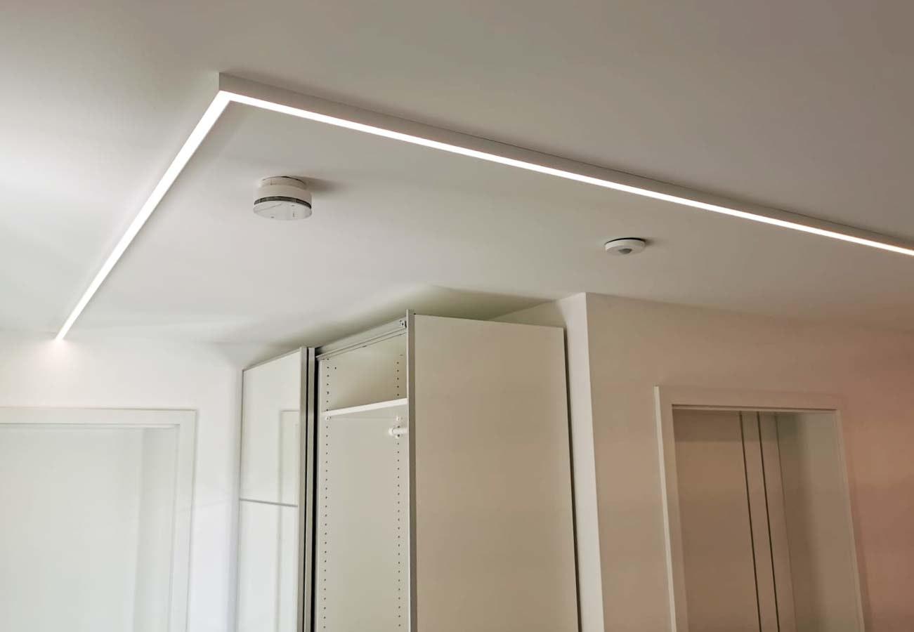 weißes LED profil