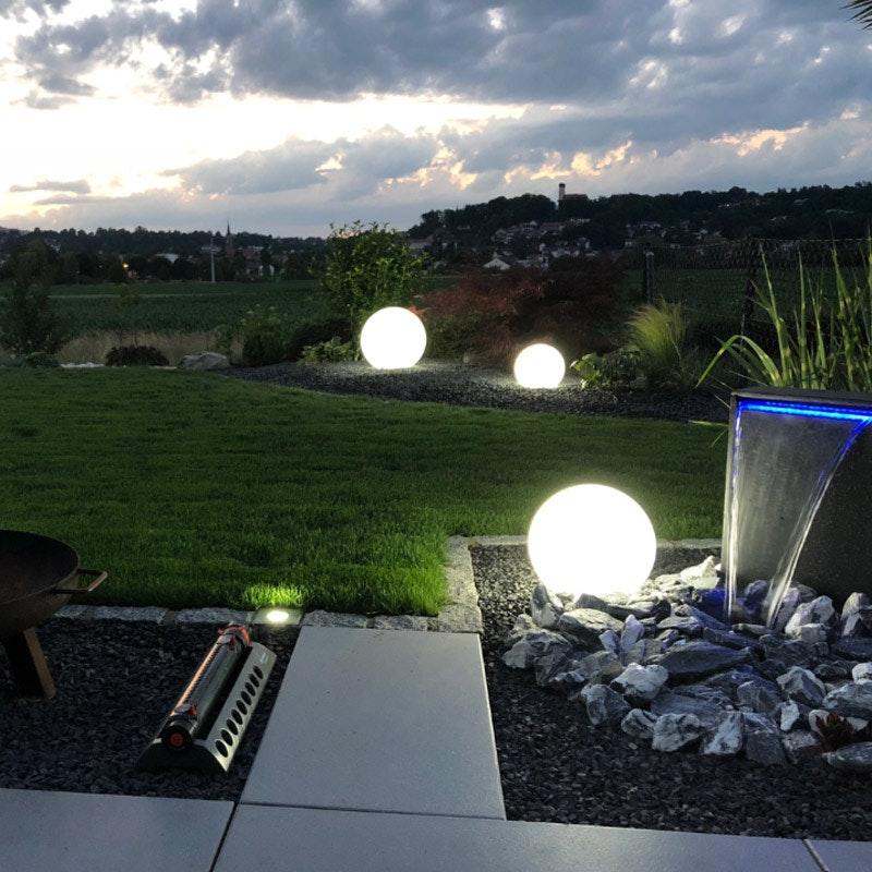 s.LUCE pro Globe+ langlebige Garten Aussenkugel Weiß 3