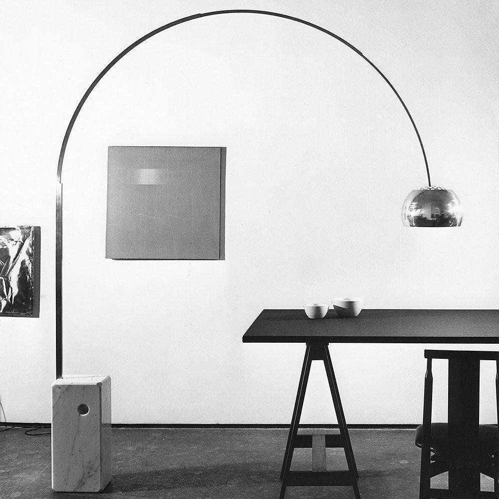 FLOS Arco LED Bogenlampe mit Marmor und Dimmer