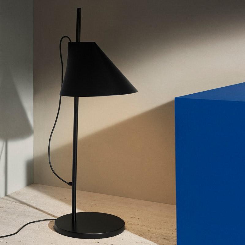 Louis Poulsen LED Tischlampe Yuh 4