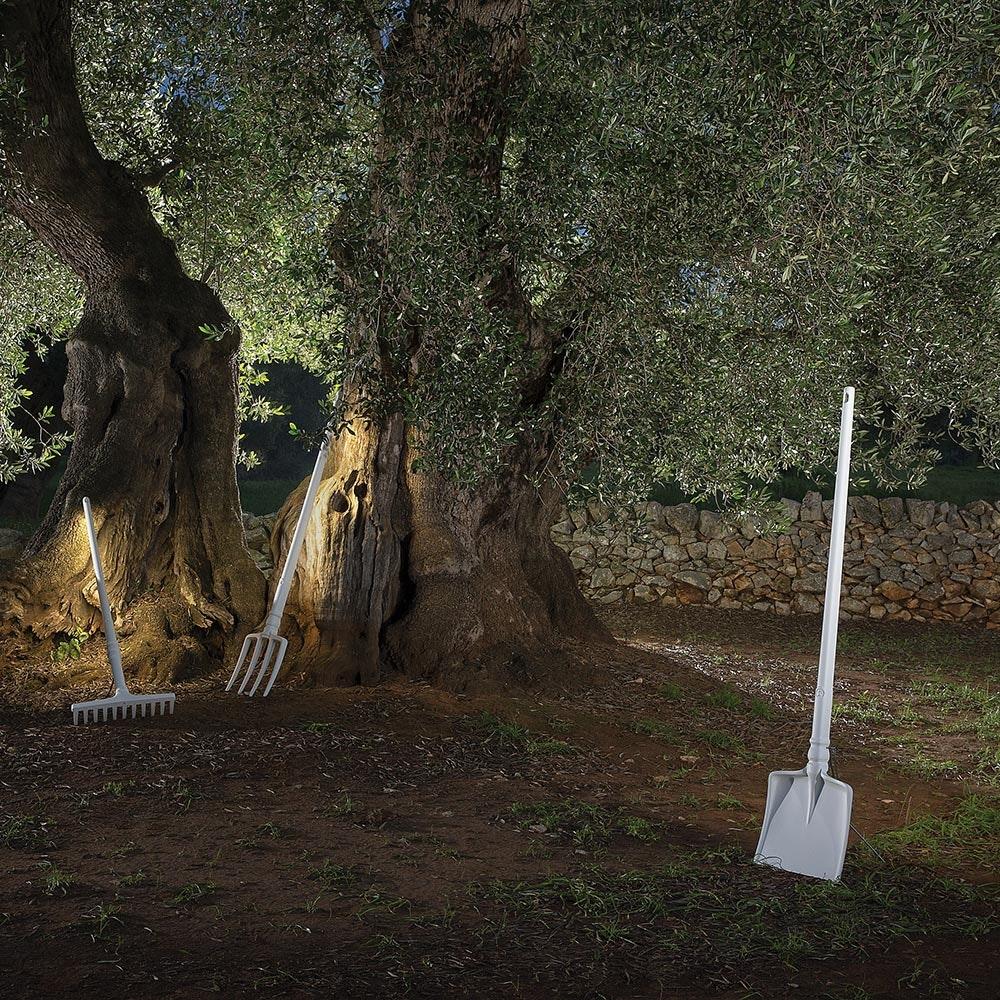Karman Tobia LED Außen-Stehleuchte Schaufel Weiß 1