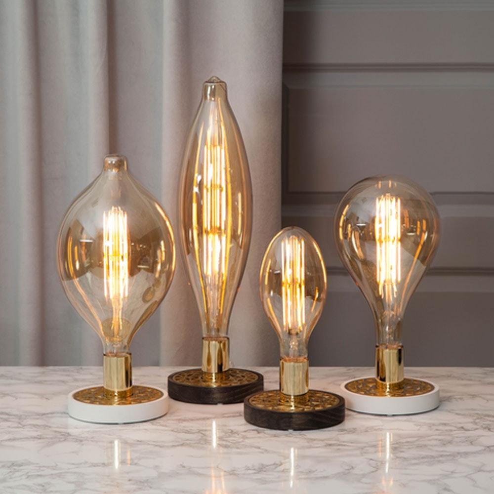 Tischlampe für E27 Leuchtmittel in Weiß und Goldfarben 5
