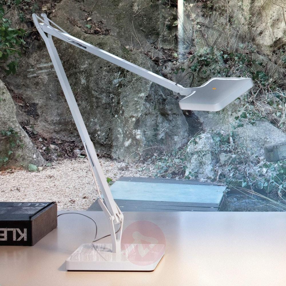 FLOS Kelvin Edge LED Tischleuchte CCT und Dimmer 3