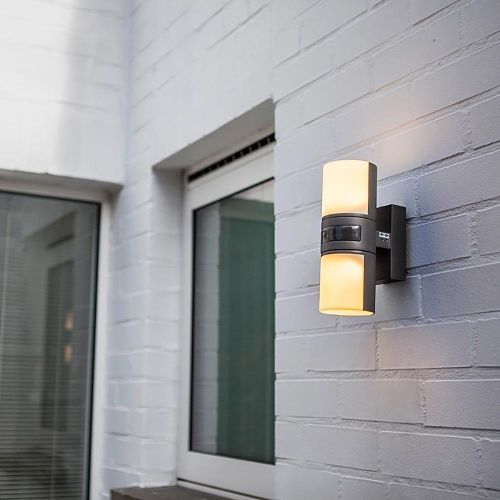 LED Außenwandleuchte Cyra mit Sensor IP44 Anthrazit 1