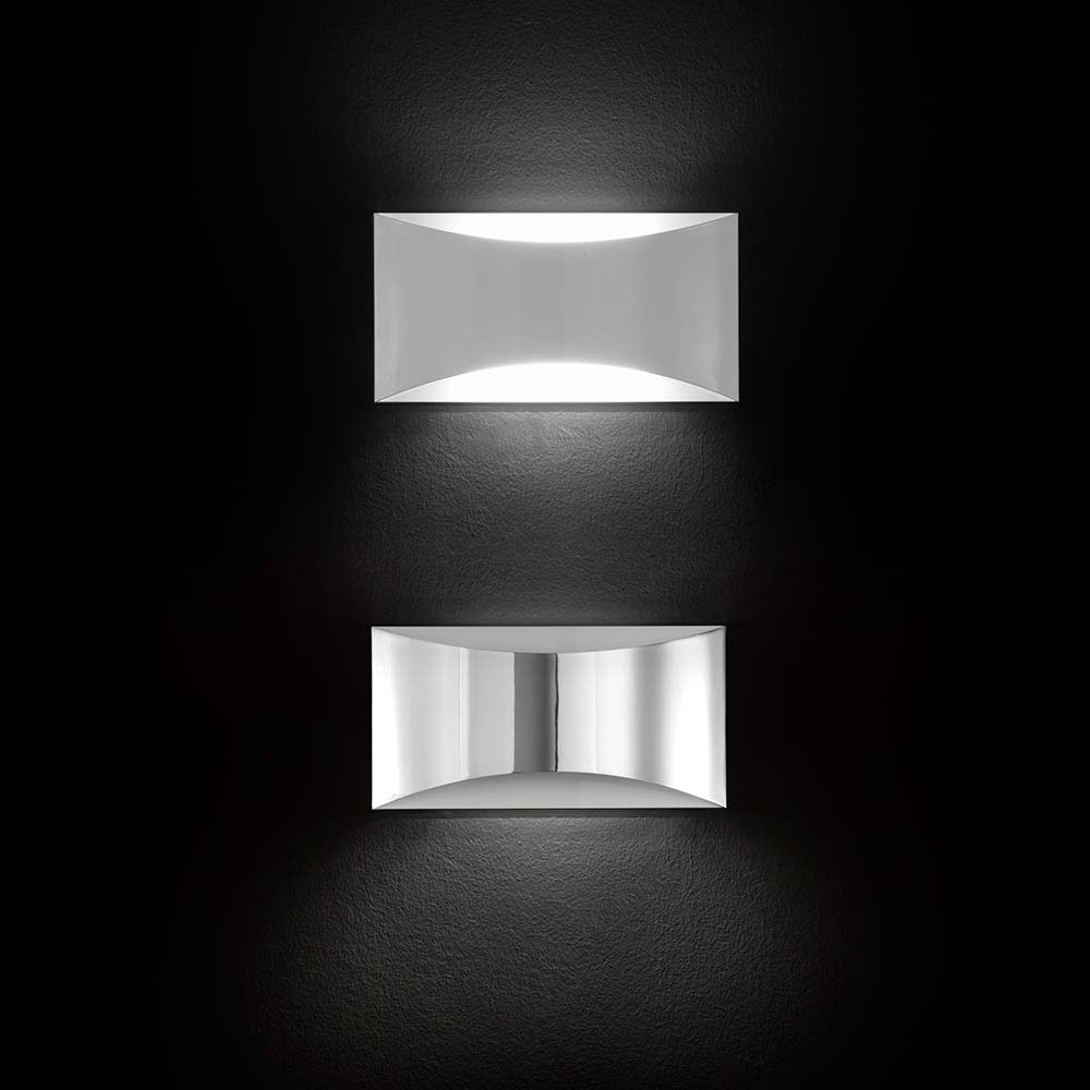 Oluce elegante LED Wandleuchte Kelly Weiß