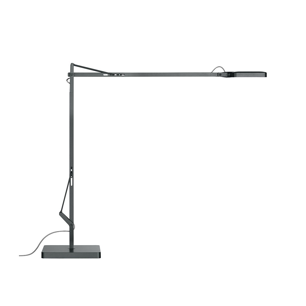 FLOS Kelvin Edge LED Tischleuchte CCT und Dimmer 4