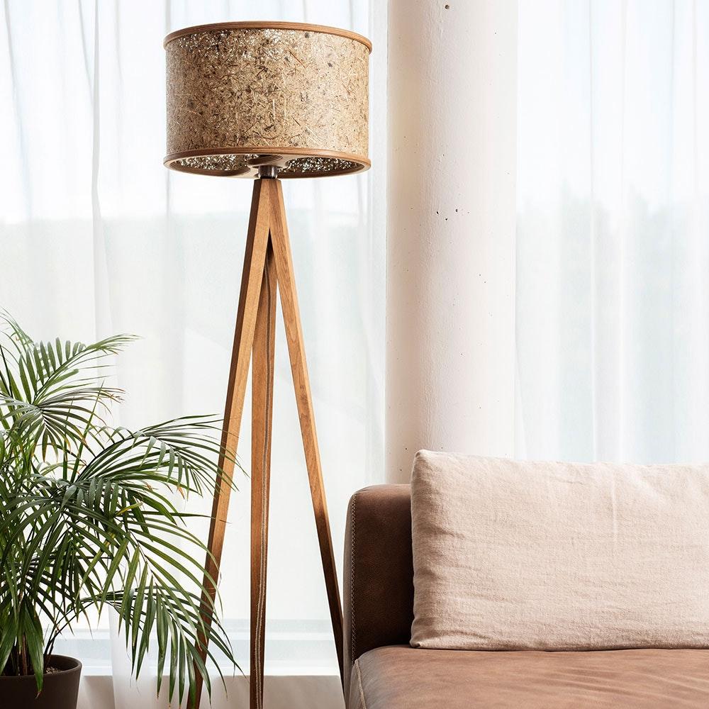 Holz Stehlampe 163cm mit Heuschirm 3