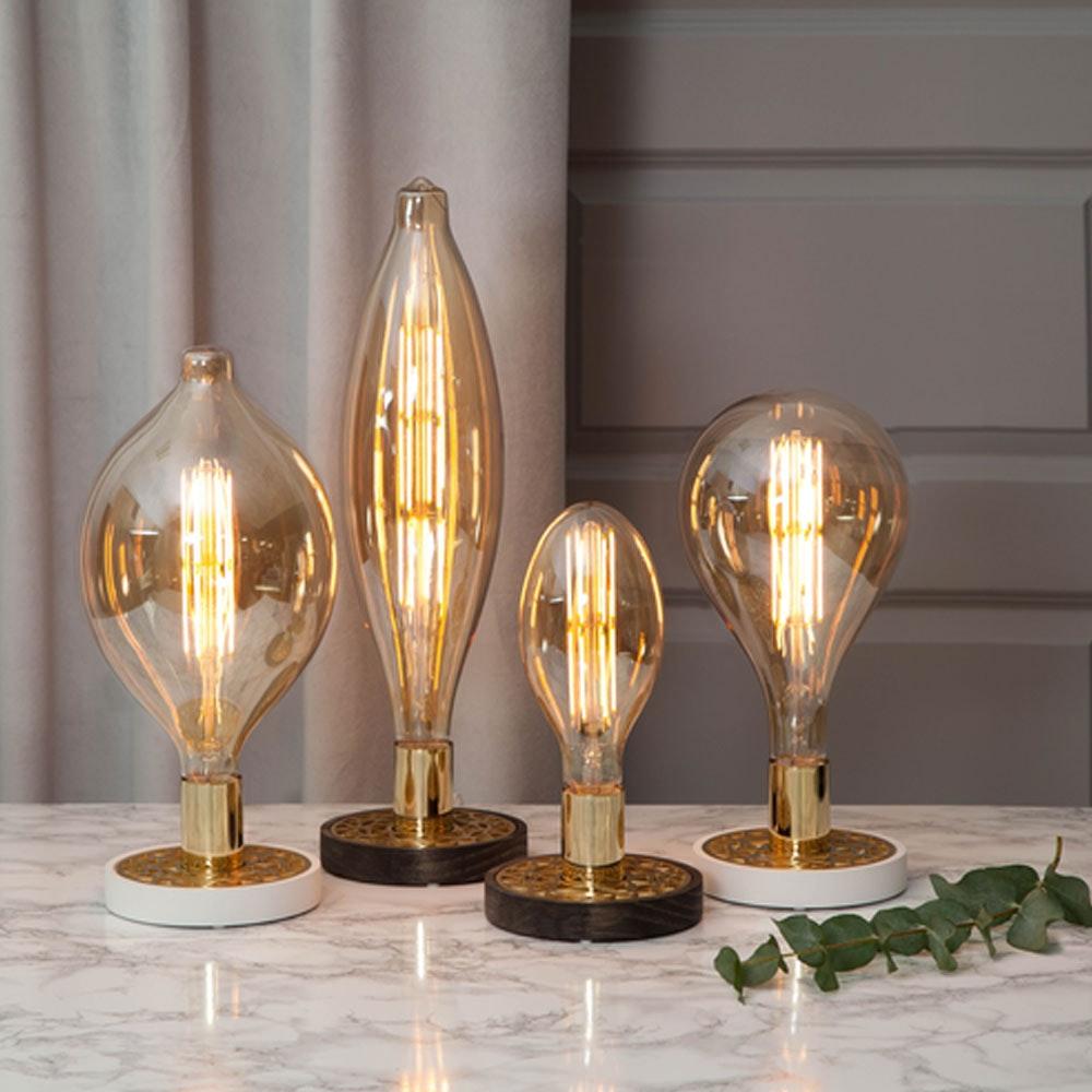 Tischlampe für E27 Leuchtmittel in Weiß und Goldfarben 13