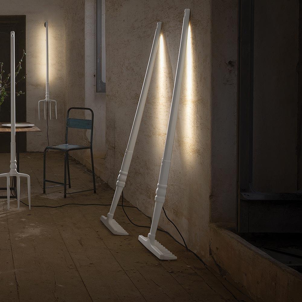 Karman Tobia LED-Stehleuchte Rechen Weiß 1