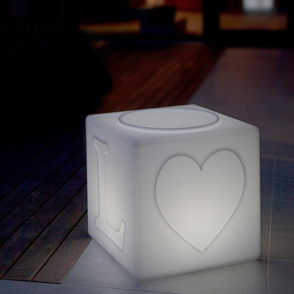 Schwimmfähiger Akku-LED-Lichtwürfel The Love 1