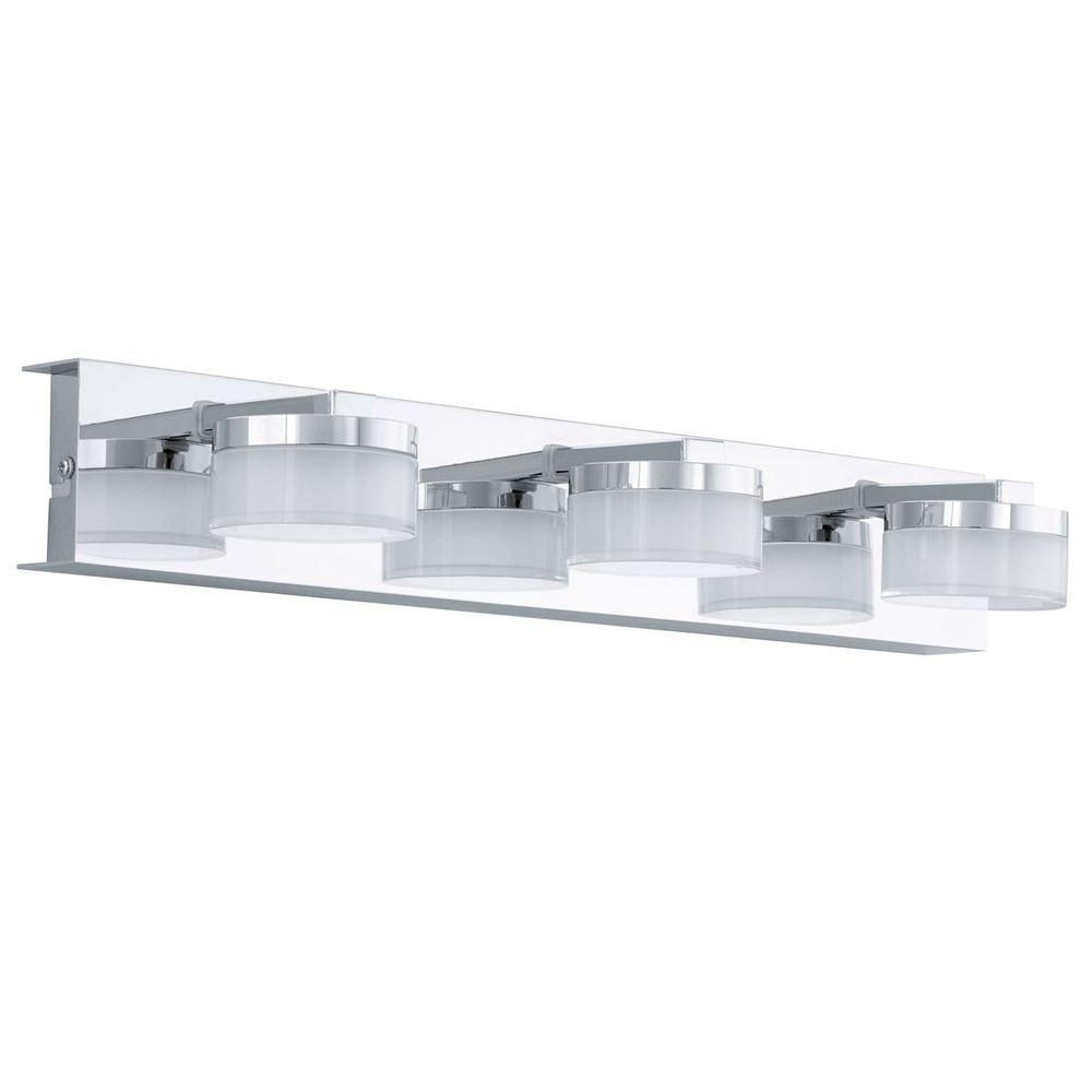Puck LED Bad Spiegelleuchte mit 3 satinierten Köpfen Chrom 2