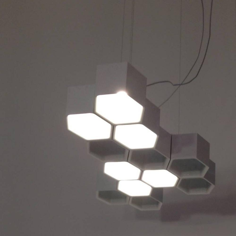 Luceplan Honeycomb LED Hängeleuchte mit 12 Waben 3000K Weiß 2