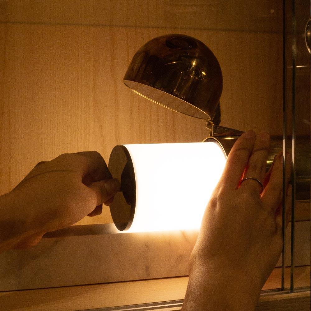 DCW Isp LED Tischleuchte mit Marmorfuss 4