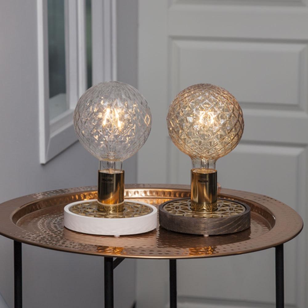Tischlampe für E27 Leuchtmittel in Weiß und Goldfarben 6