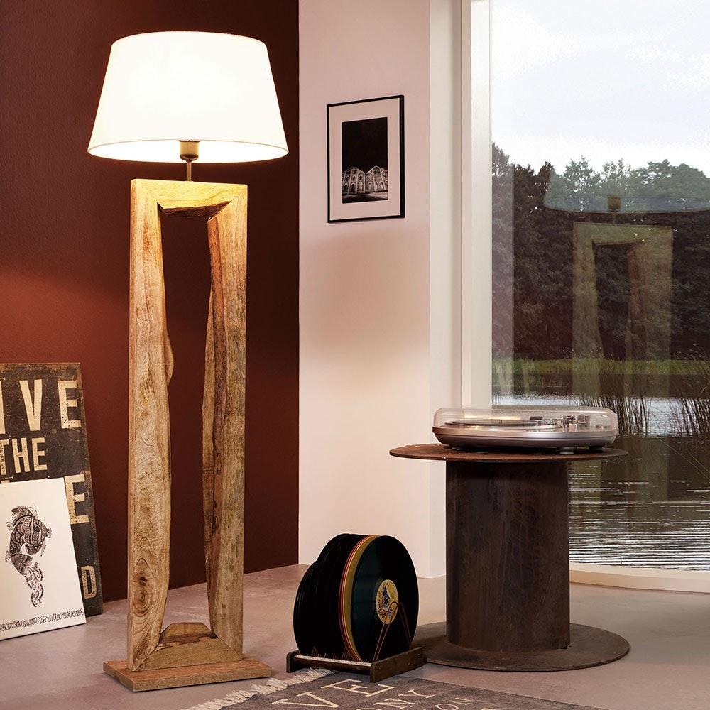 Timber Stehleuchte mit Holzfuß 126cm Braun 1