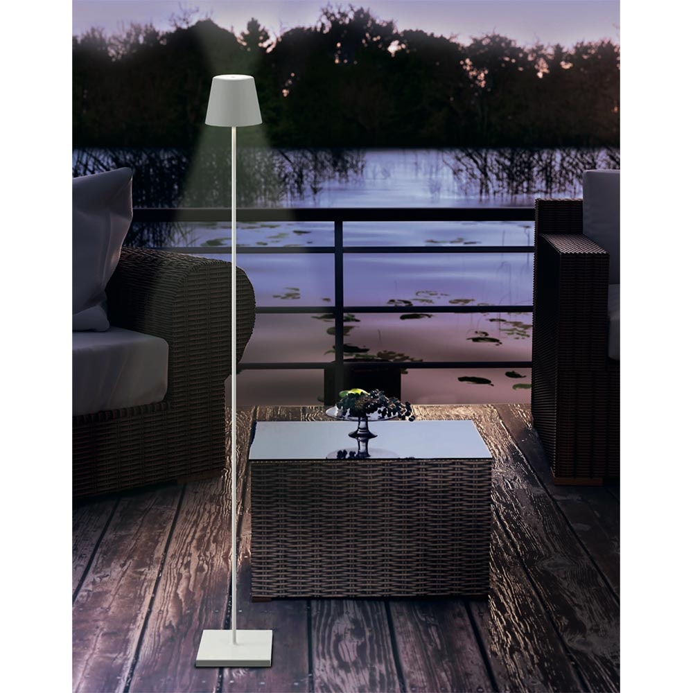 LED Akku-Stehlampe Qutarg 120cm Dimmbar IP54 Schwarz 2
