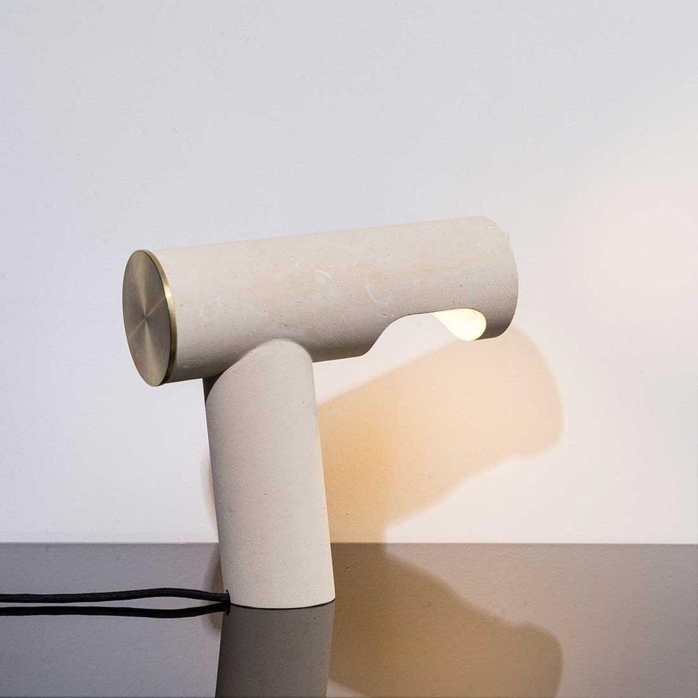 Pulpo LED Tischlampe Simple Light aus Kalkstein thumbnail 6