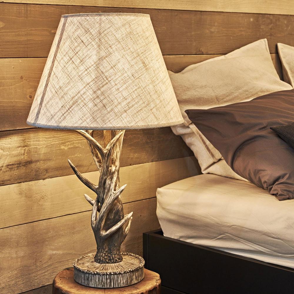 Chalet Holz Geweih-Tischleuchte 1-flammig