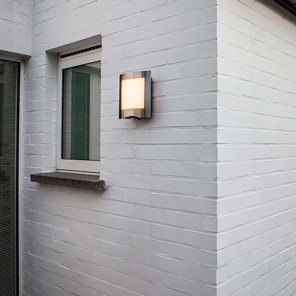 LED Außenleuchte Farell mit Sensor IP44 Edelstahl 2