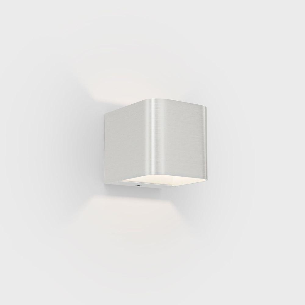 IP44.de Intro LED-Außenwandleuchte IP65 Up&Down 8