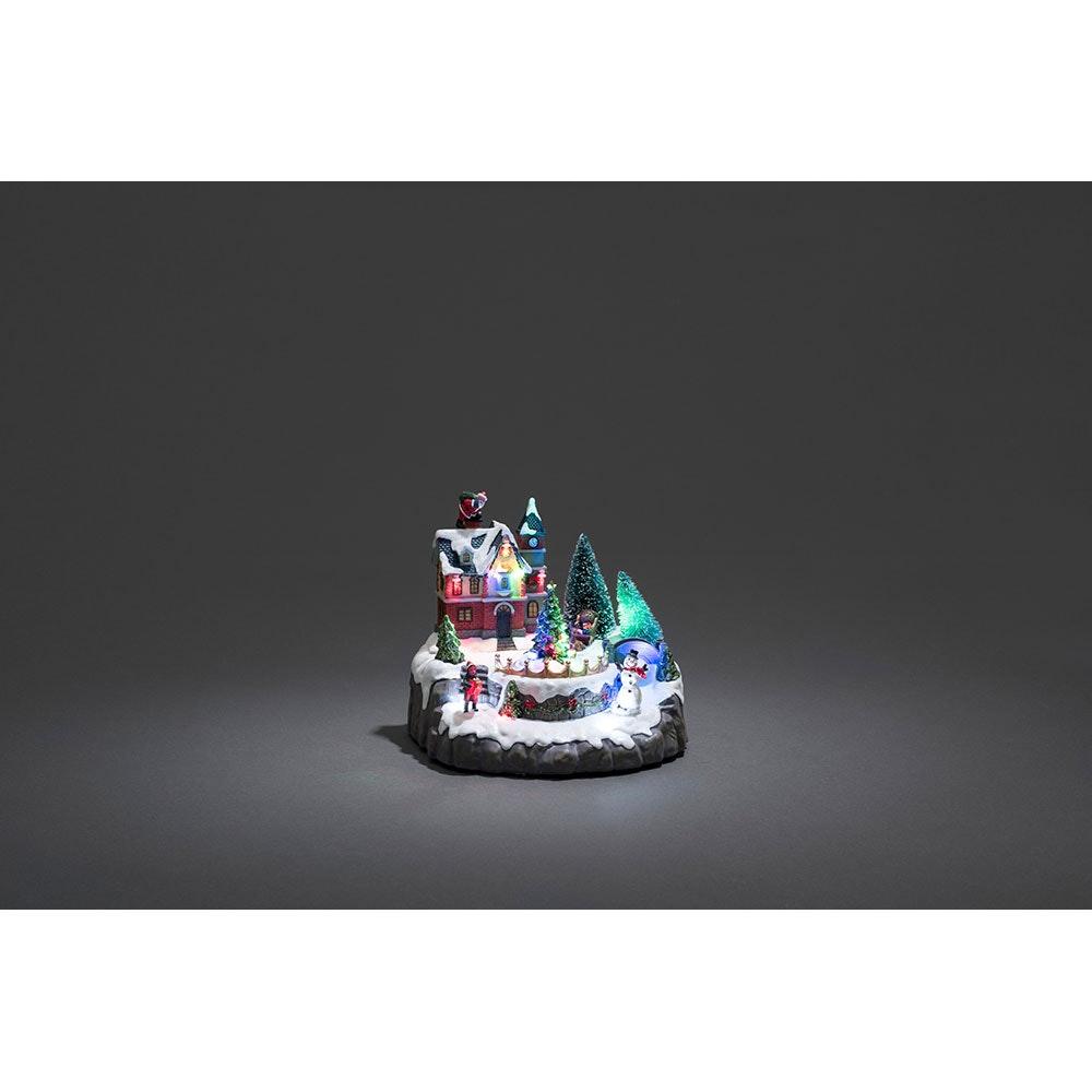 LED Wohnhaus mit Weihnachtsbäumen mit Animation 8 bunte Dioden 4.5V batteriebetrieben 2