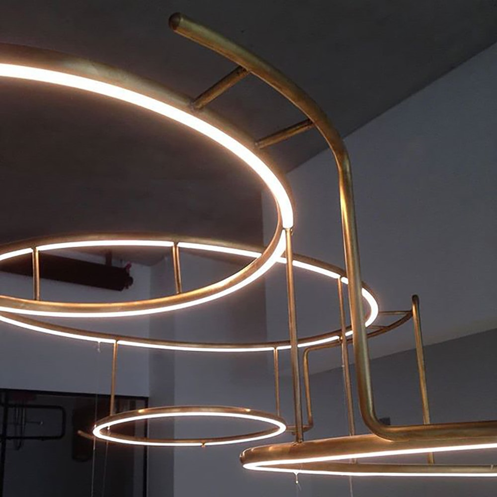 DCW Broche LED Kronleuchter Messing-natur thumbnail 3