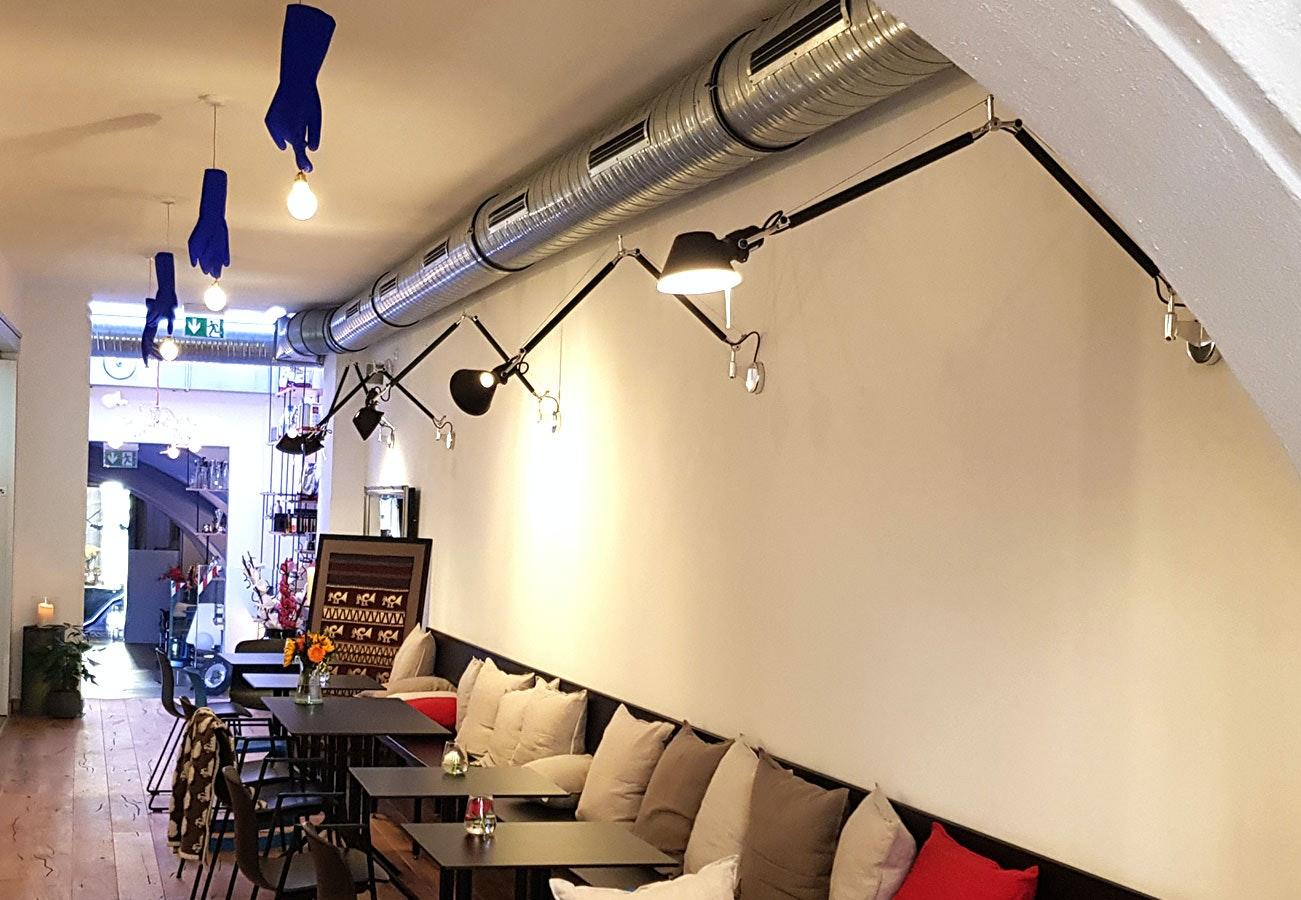 Ausgefallene Restaurantbeleuchtung mit Luzy