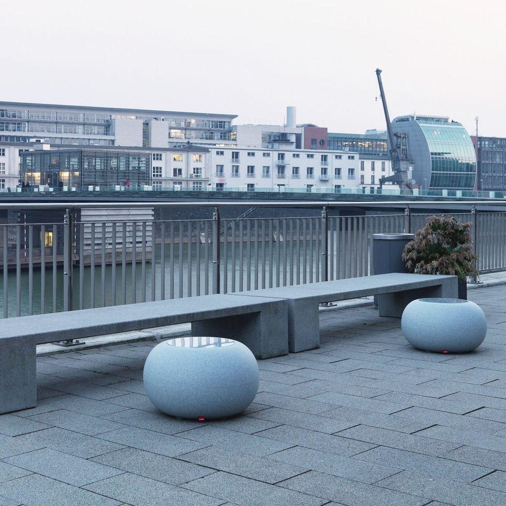 Moree Granit Bubble Outdoor LED Tisch oder Hocker thumbnail 3