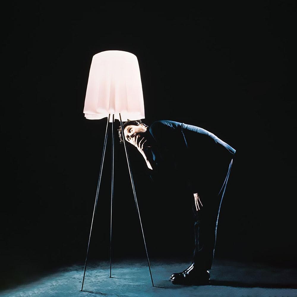 FLOS Rosy Angelis Stehlampe mit Dimmer 3