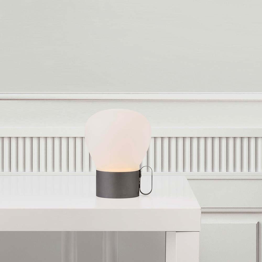 Design for the People LED Tischleuchte Nuru IP54 Grau, Opalweiß
