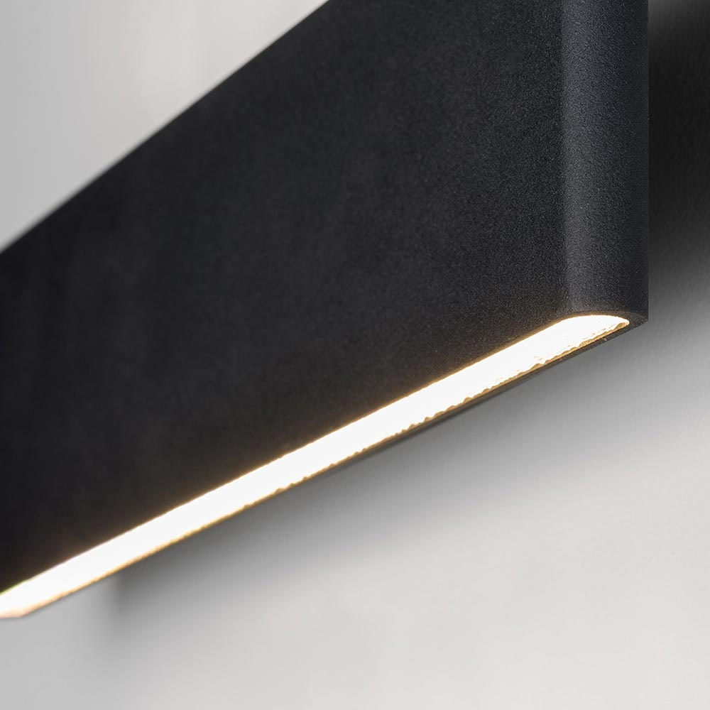 Slim LED-Wandleuchte Up&Down 540lm Schwarz eloxiert 2