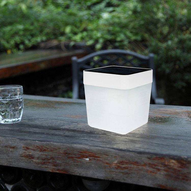 Dimmbare Solar-Tischleuchte Table-Cube IP44 Weiß 5