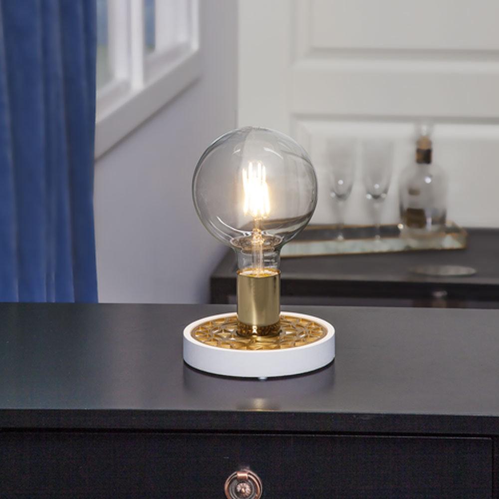 Tischlampe für E27 Leuchtmittel in Weiß und Goldfarben 10