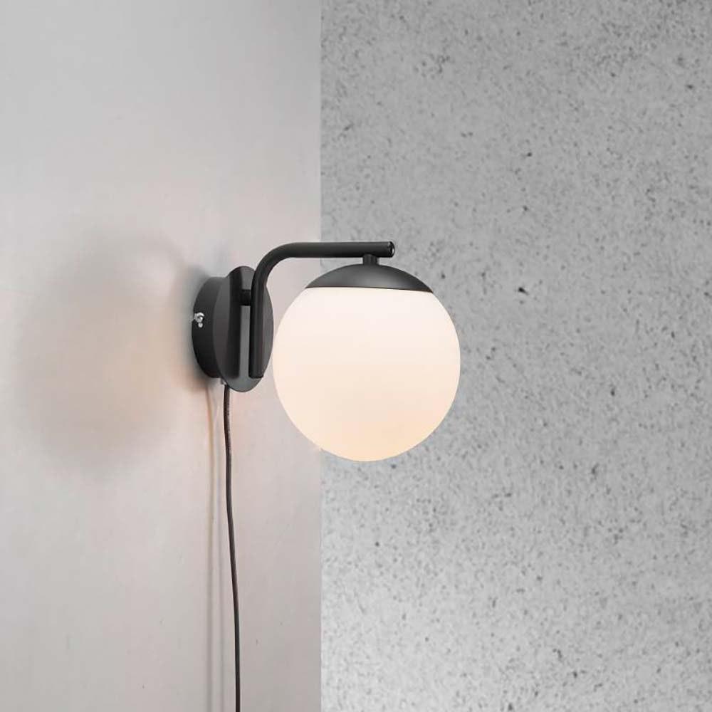 Nordlux Wandlampe Grant Schwarz, Opal Weiß 1