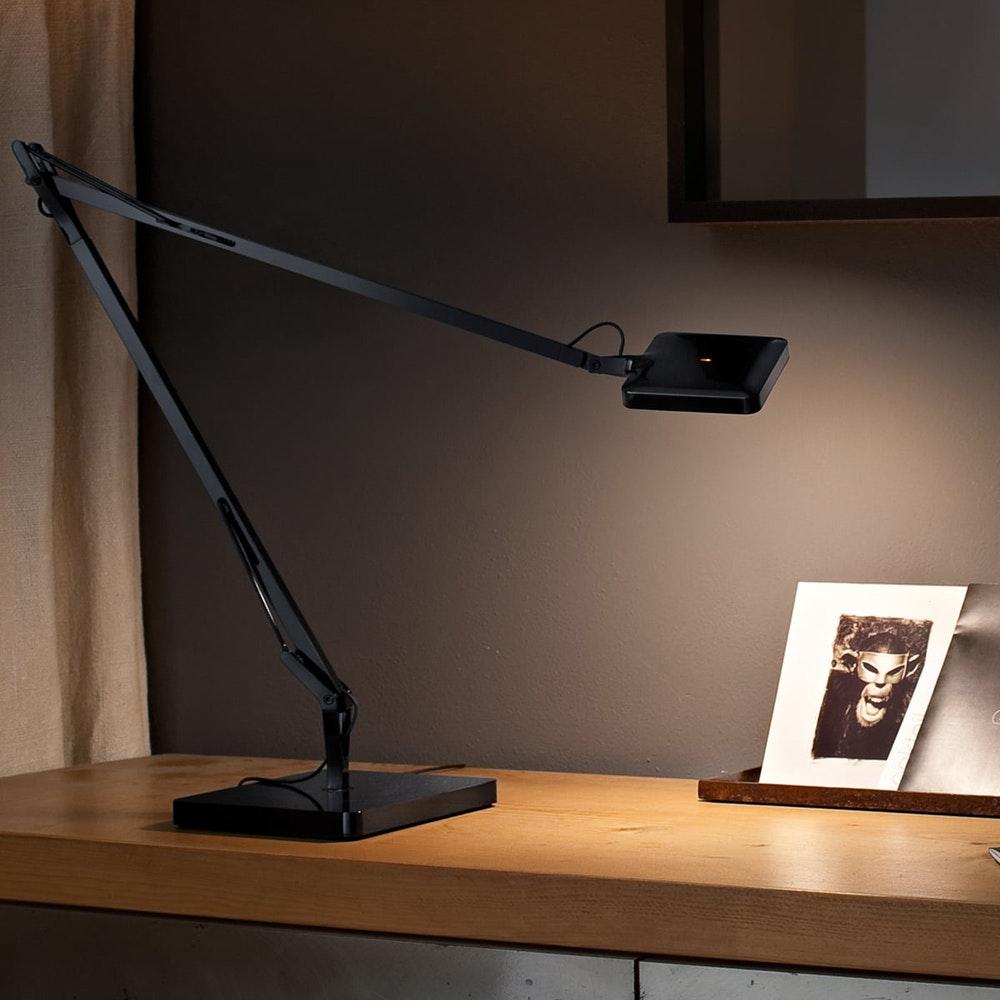 FLOS Kelvin Edge LED Tischleuchte CCT und Dimmer 8