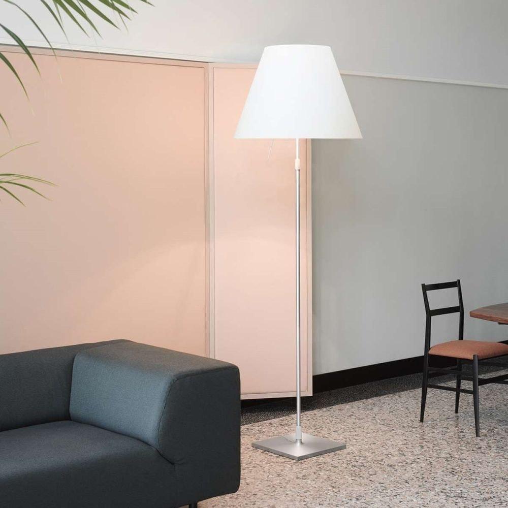 Luceplan Stehlampe Grande Costanza mit Sensor-Dimmer 2