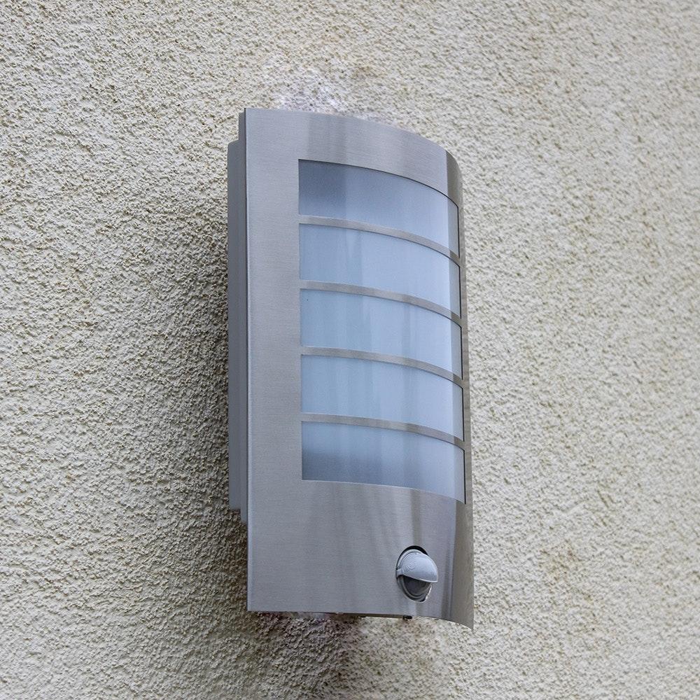 LED Außen-Wandlampe Slim mit Sensor IP44 Edelstahl 1