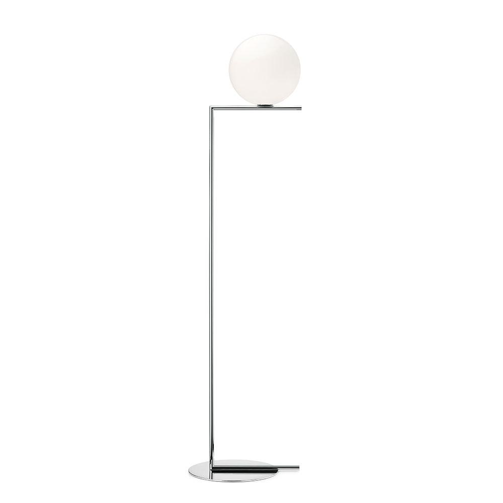 FLOS IC F Stehleuchte mit mundgeblasenem Opalglas 7