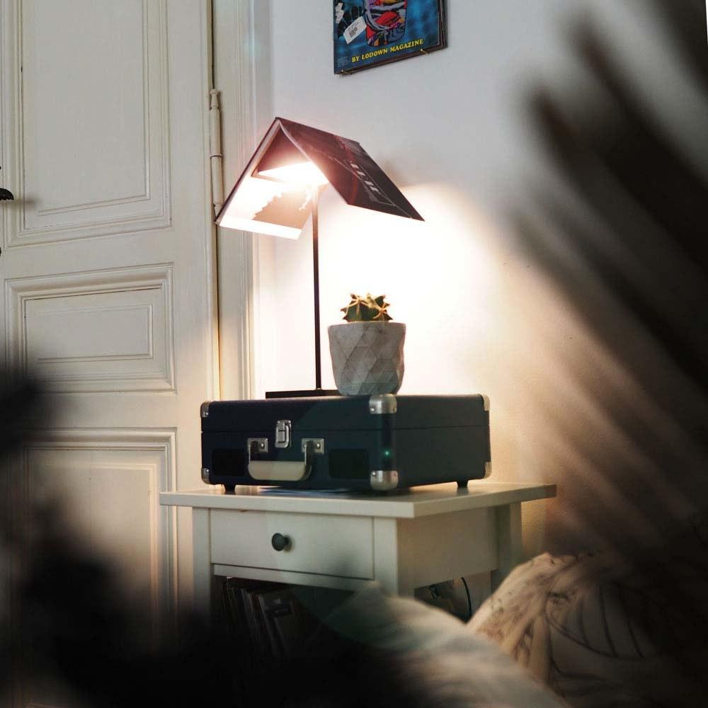 s.LUCE Book Buchständer Tischleuchte mit Touchdimmer & Sensor 2