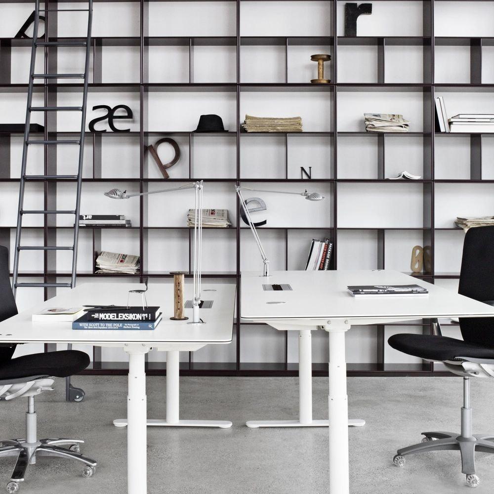 Luceplan LED Schreibtischleuchte Berenice mit Befestigung 2