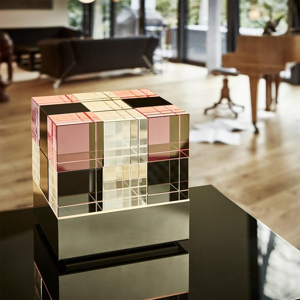 Tecnolumen Tischleuchte Cubelight Edelstahl Glas klar schwarz rosa