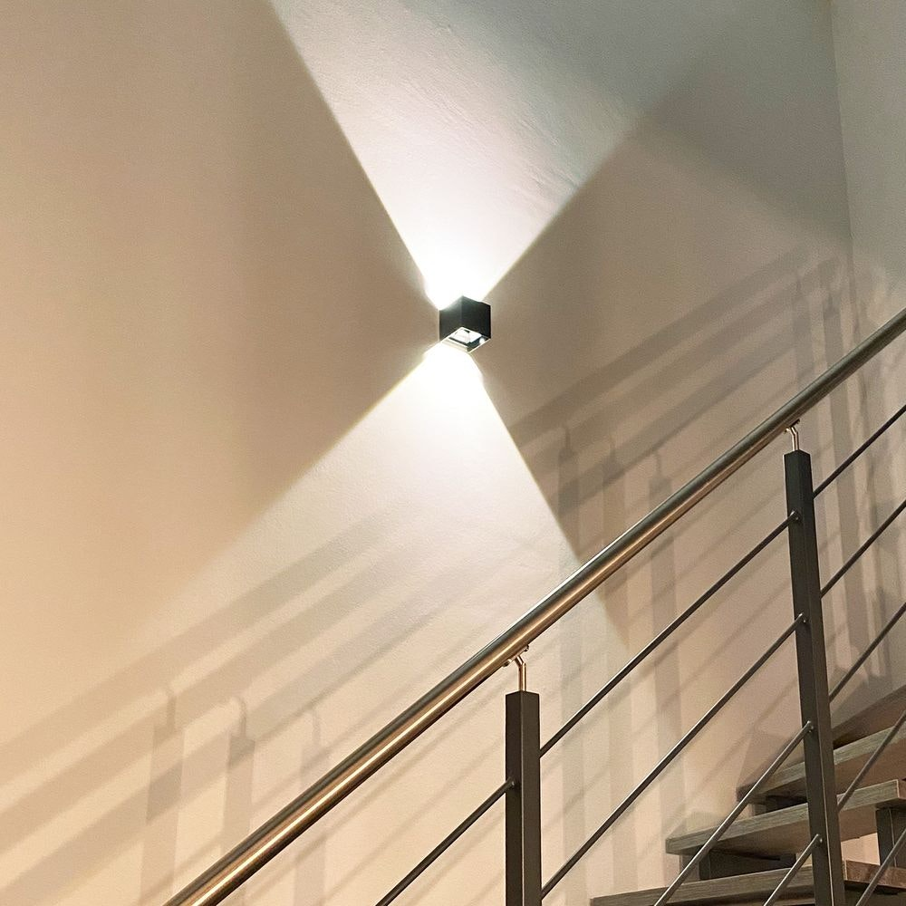 s.LUCE pro Ixa LED Innen- & Außen-Wandleuchte IP44 23