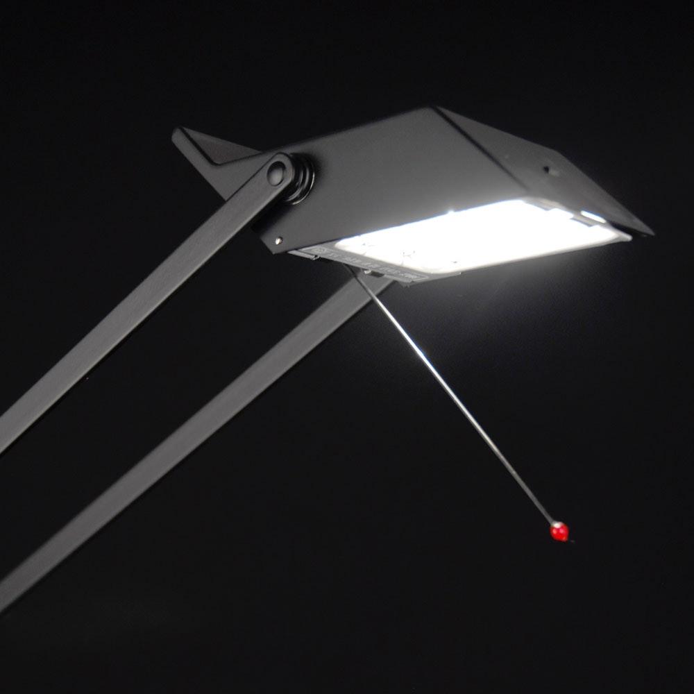 Artemide Tizio Micro Schreibtischlampe Schwarz