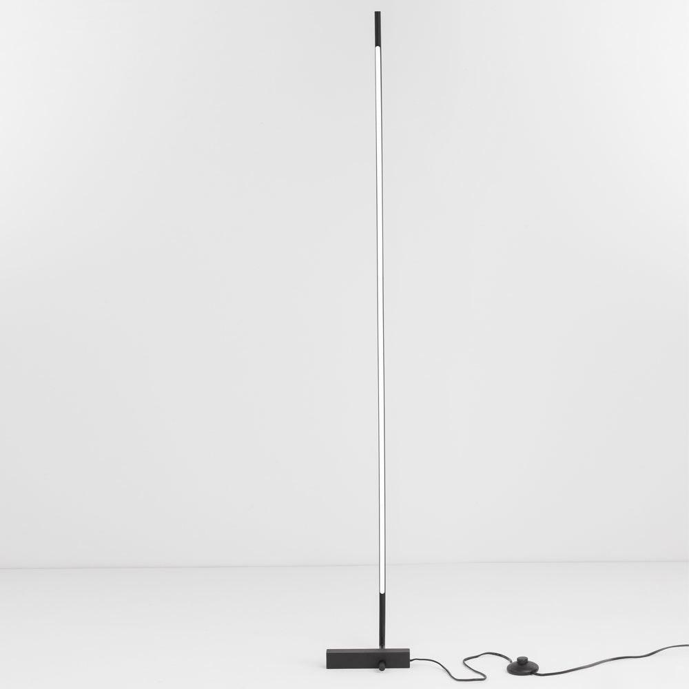 Nova Luce Raccio LED-Stehlampe indirekt drehbar Schwarz 2
