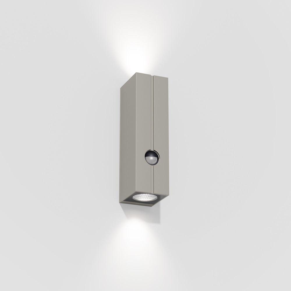IP44.de Cut Control LED-Außenwandleuchte mit Sensor IP44